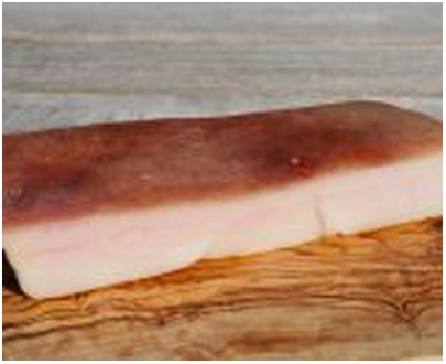 Slanina de porc légèrement fumée - 400gr
